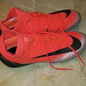 Nike Mercurial CR7 indoor soccer shoes sz 12
